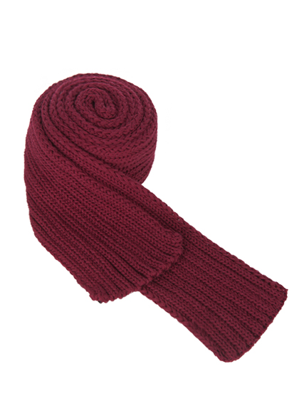 Solid-Colored Knit Scarf