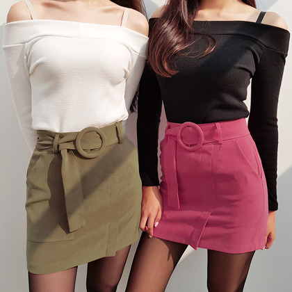 Circle Buckled Belt Detail Mini Skirt