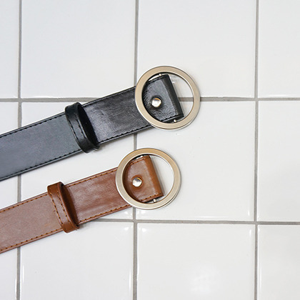 Faux Leather Circle Buckle Belt