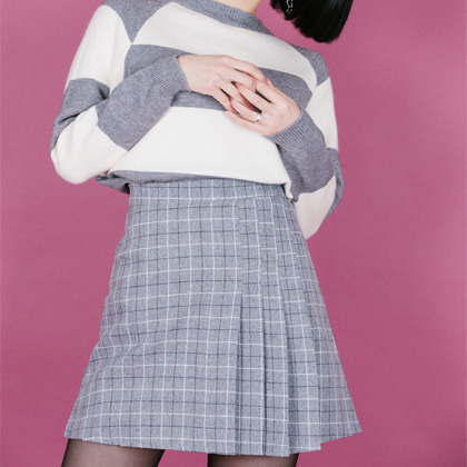 Checkered Pleat Detailed Mini Skirt