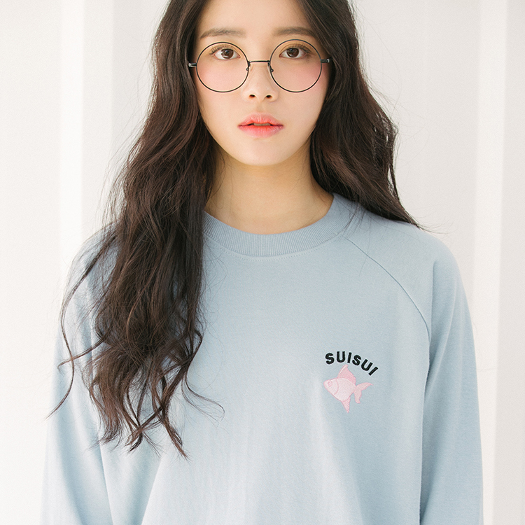 99bunnyEmbroidered Fish Raglan Sweatshirt