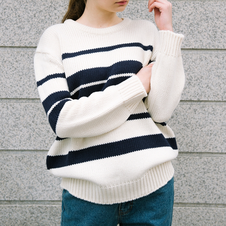 Round Neck Stripe Accented Knit Sweater