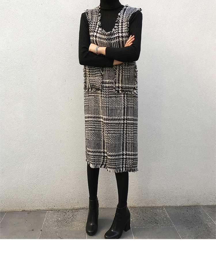Frayed Trim Glen Check Midi Dress