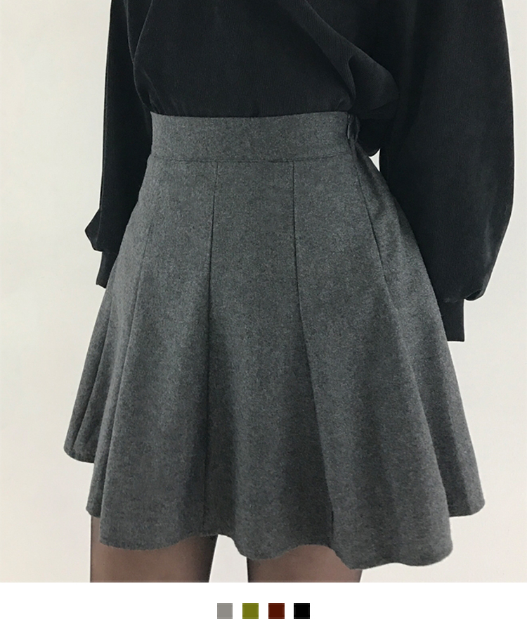 Basic Flared Pleated Mini Skirt