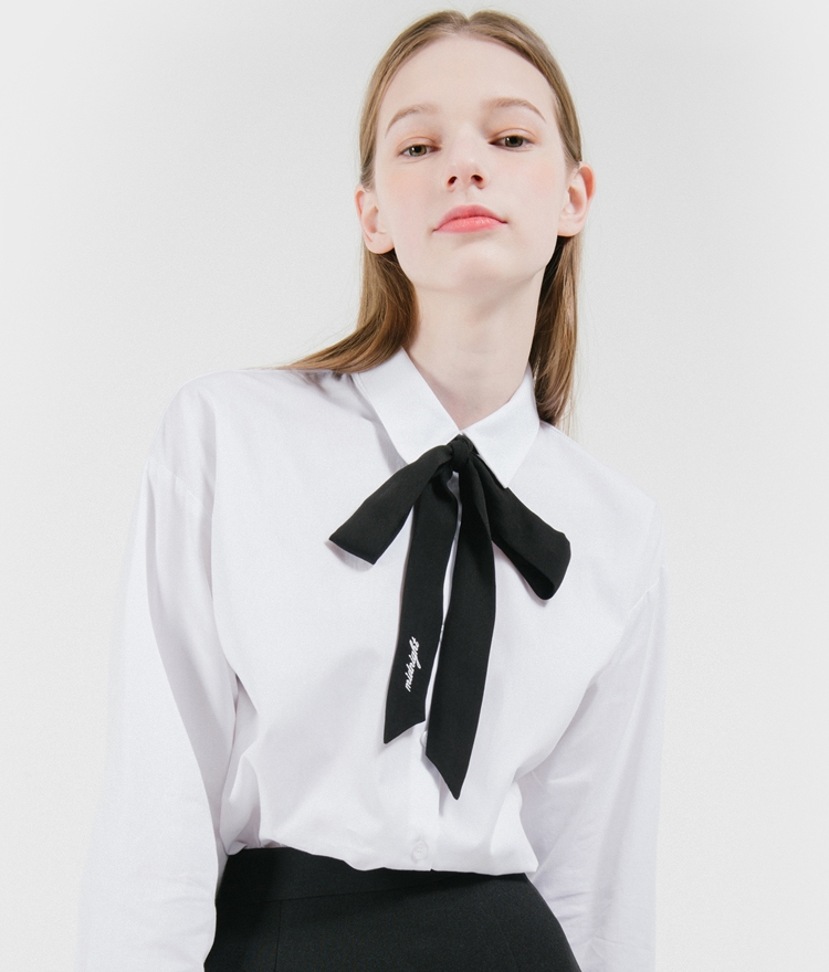 White Button-Down Shirt With Ribbon Accent