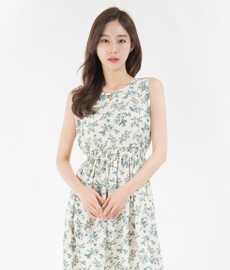 Floral Keyhole Neck Sleeveless Dress
