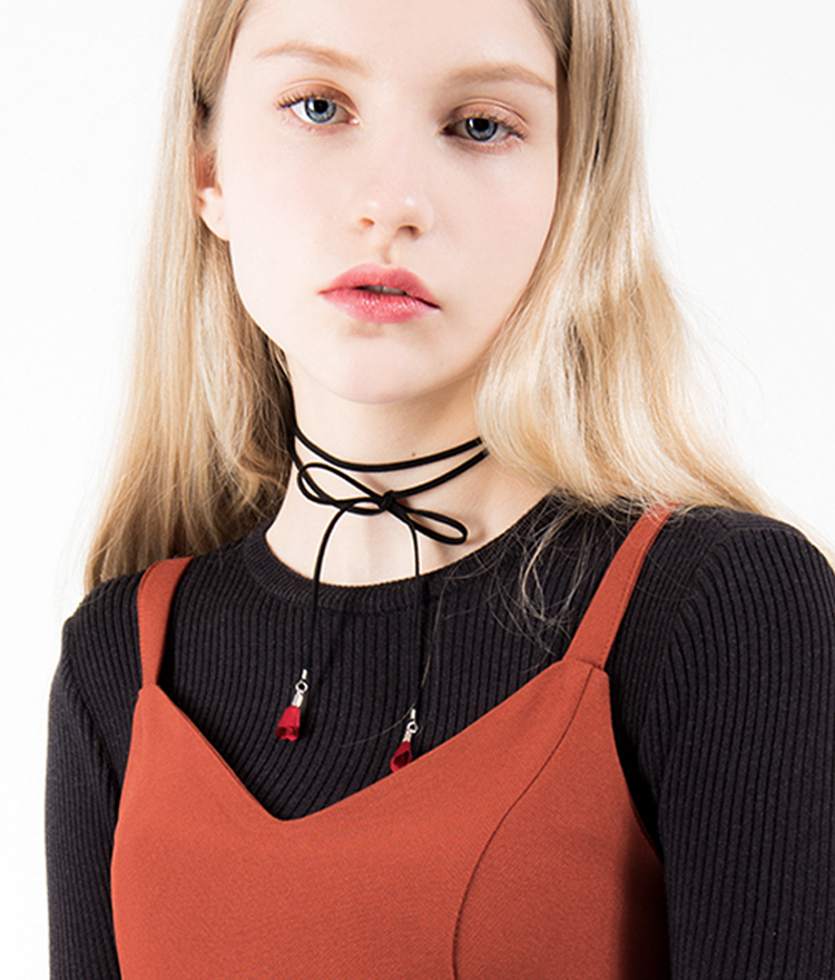 Rose End Lariat Choker