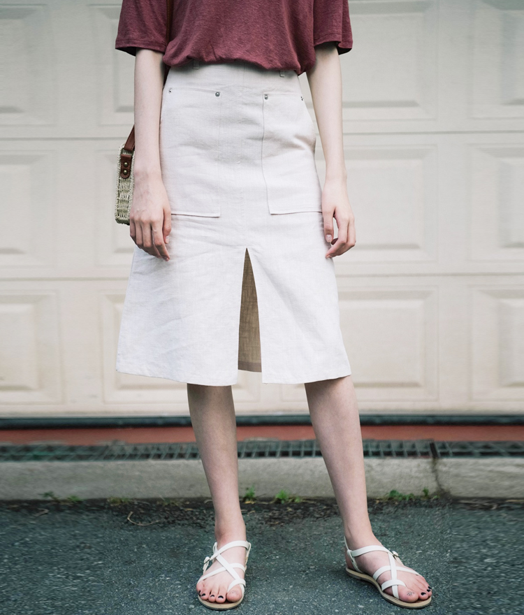Big Pocket Front Slit Skirt