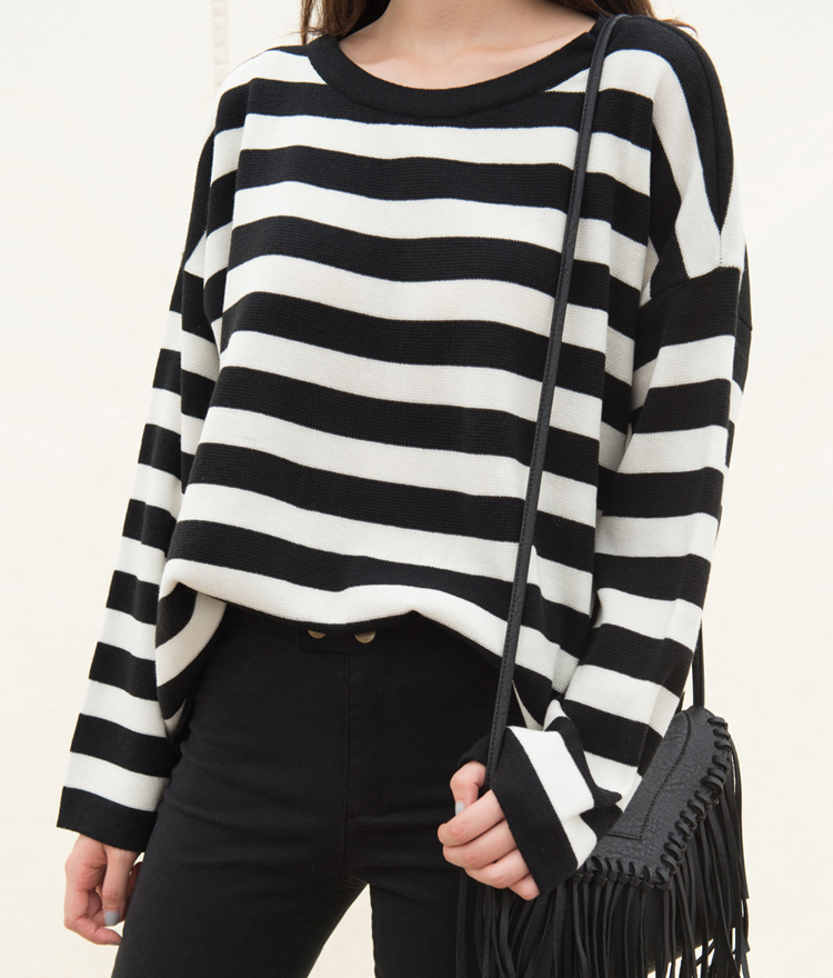 Striped Knit Loose Fit Long Sleeve Top