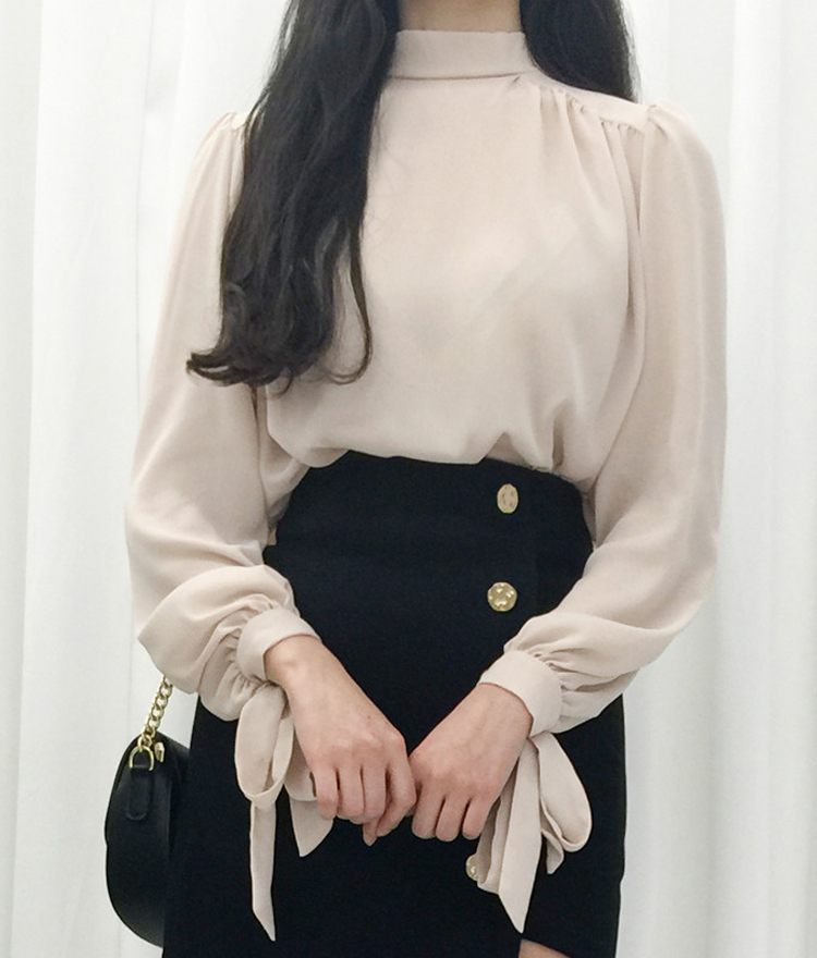 Ribbon Detailed Puff Shoulder Blouse