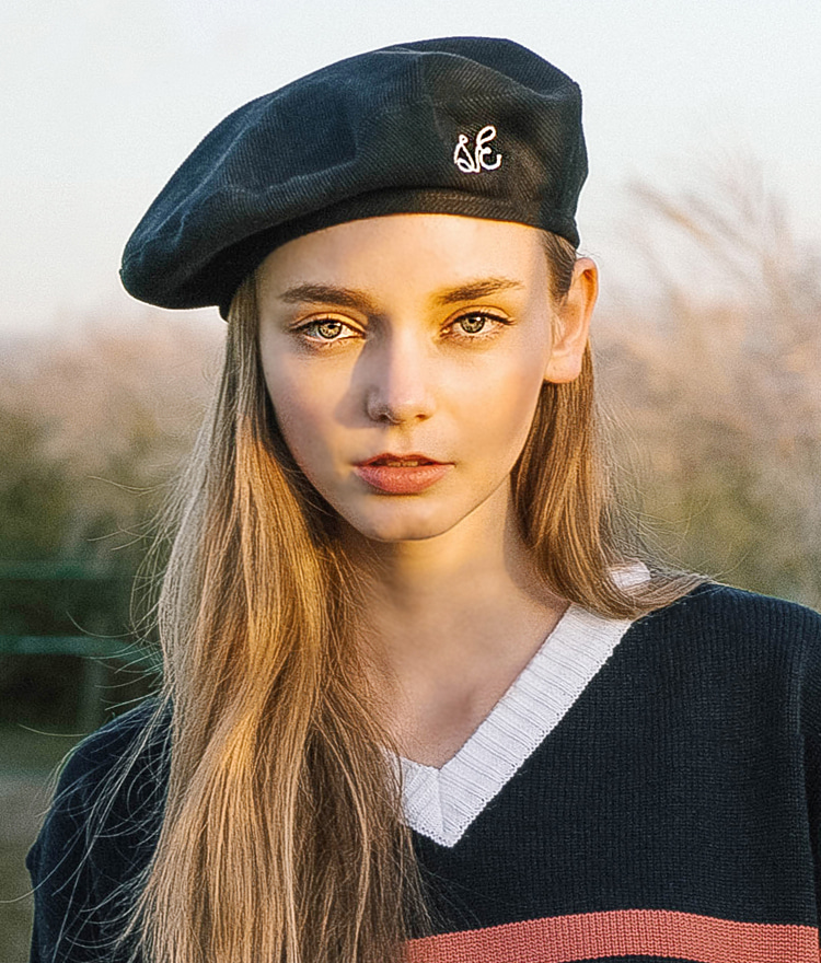 SEEKBow Lettering Embroidered Beret