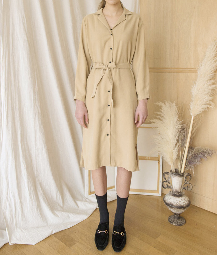 ESSAYNotched Collar Side Slit Shirt Dress