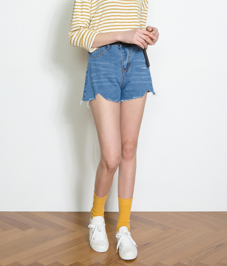 ESSAYHigh Waist Raw Hem Denim Shorts
