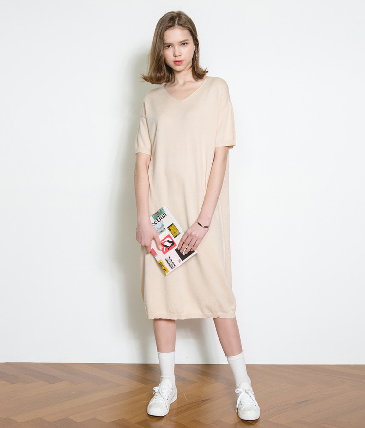 ESSAYV-Neck Knit Dress