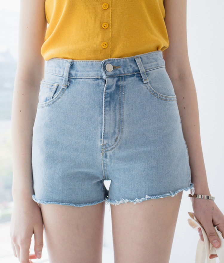 ESSAYHigh Waist Denim Shorts
