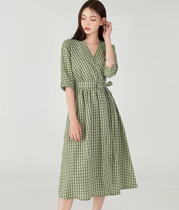 ESSAYMidi Check Dress
