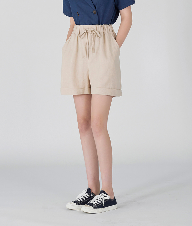 ESSAYLinen Loose Fit Shorts