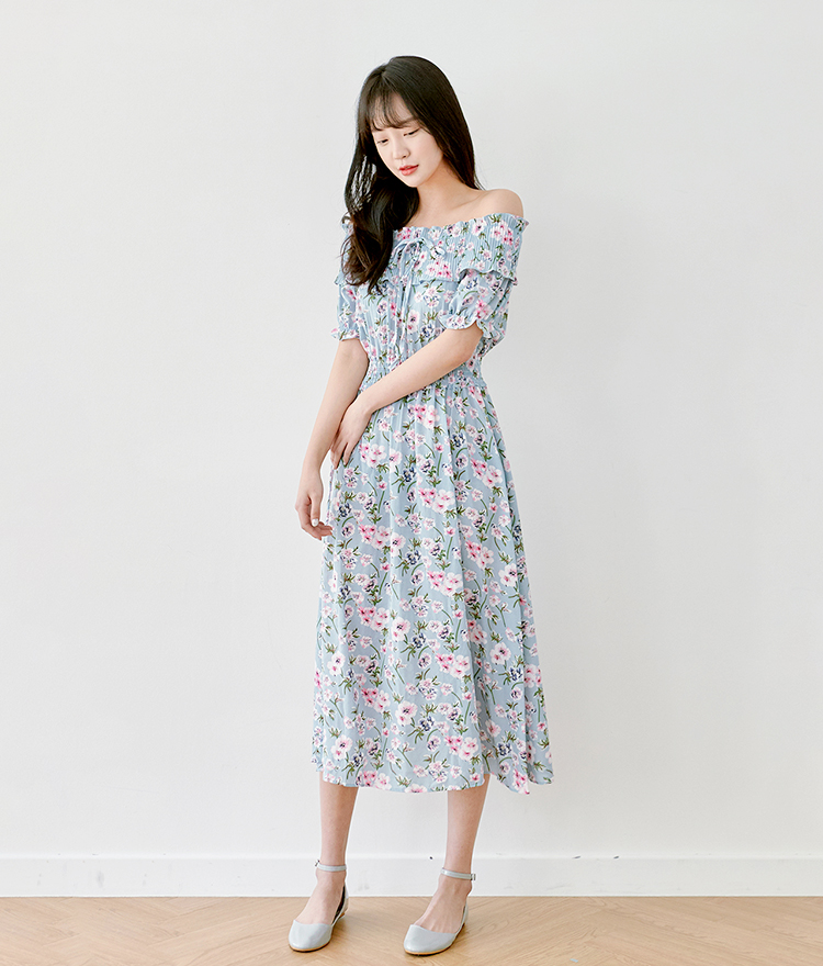 ROMANTIC MUSE  Off-Shoulder Floral Dress