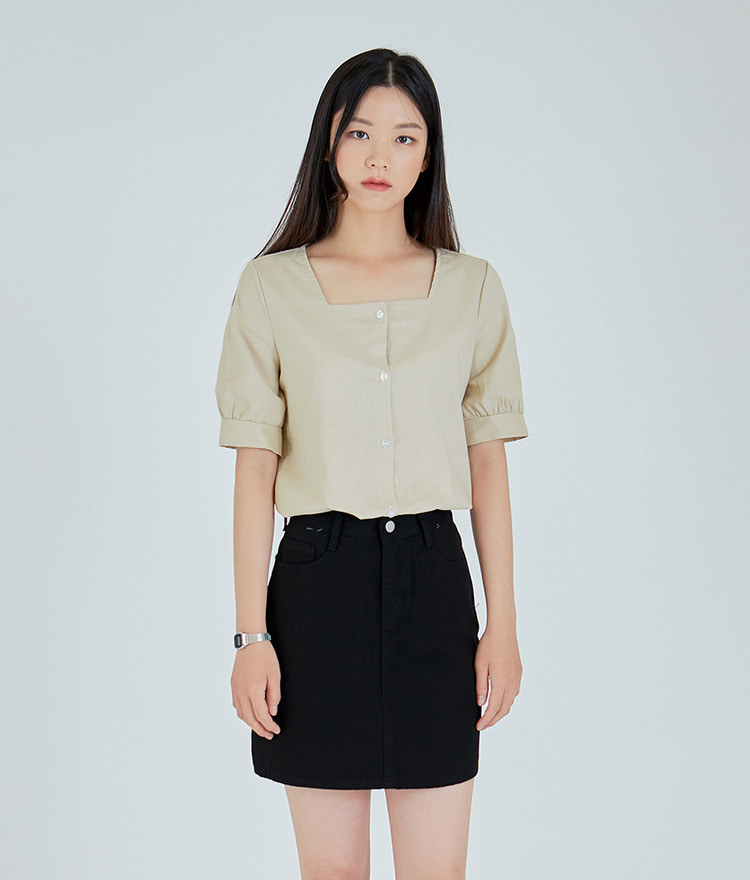 ESSAYSquare Neck Button-Up Blouse