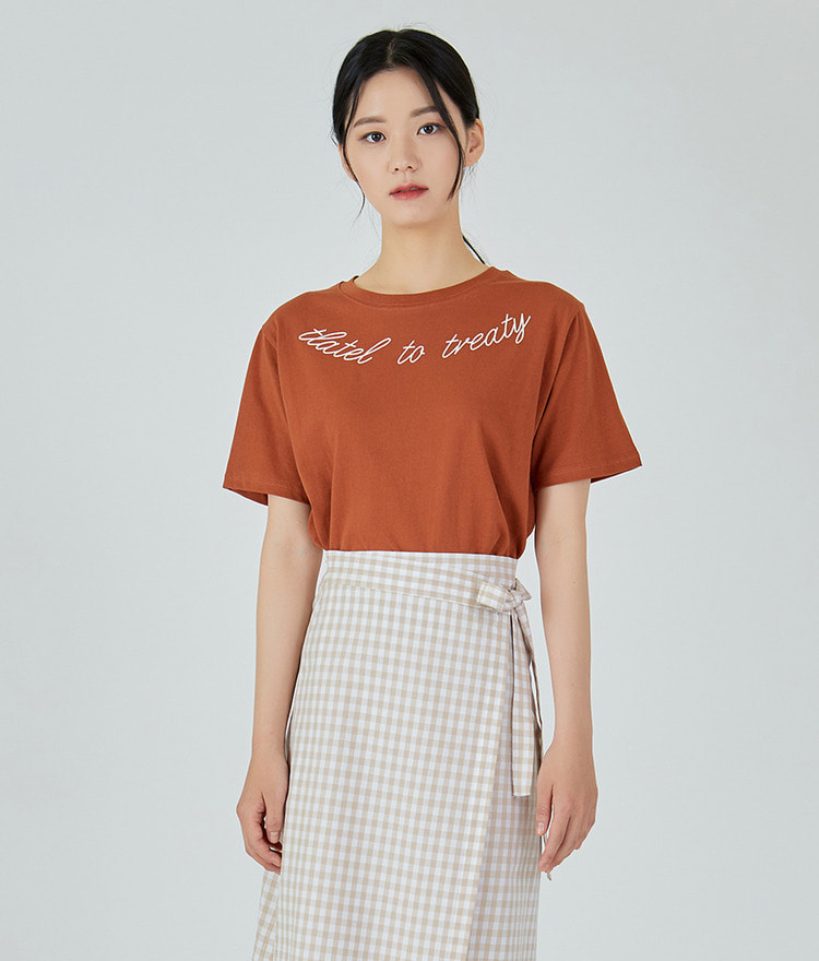 ESSAYRound Neck Lettering Print Top