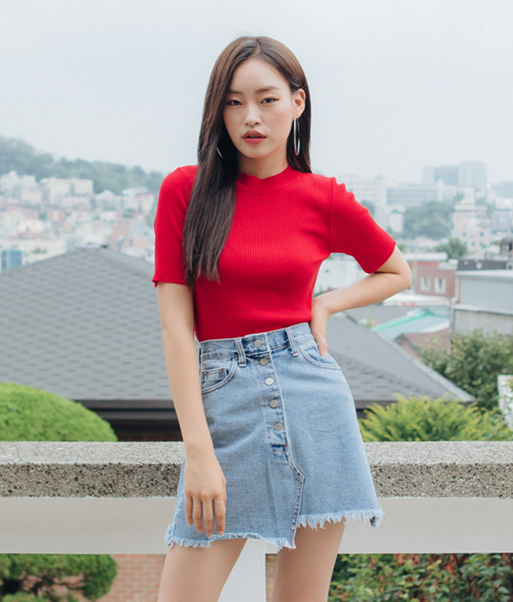 QUIETLABRibbed Short Sleeve Knit Top
