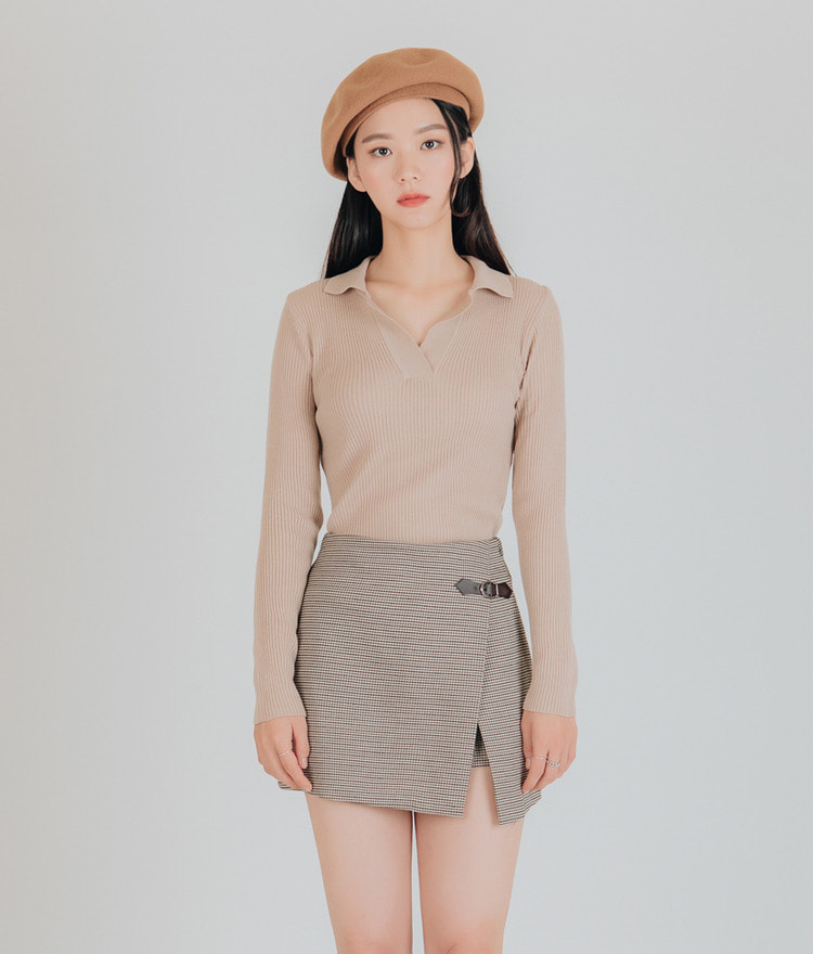 ESSAYJohnny Collar Ribbed Knit Top
