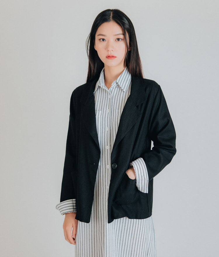 ESSAYOne Button Loose Fit Blazer