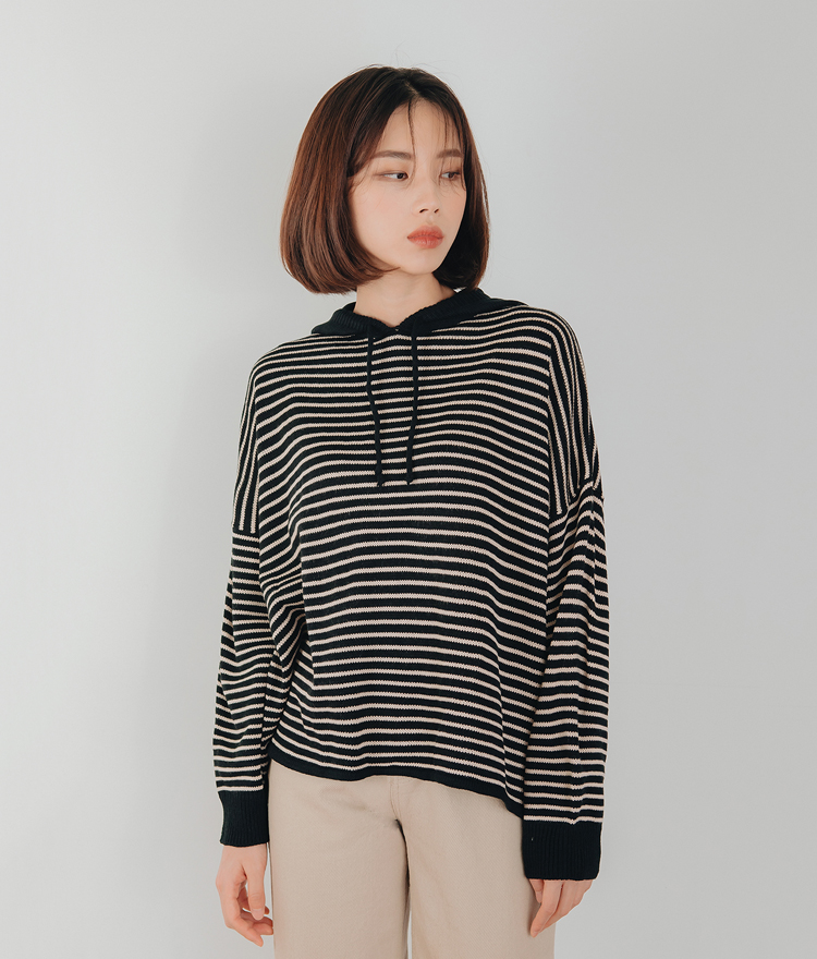 ESSAYHooded Stripe Knit Top