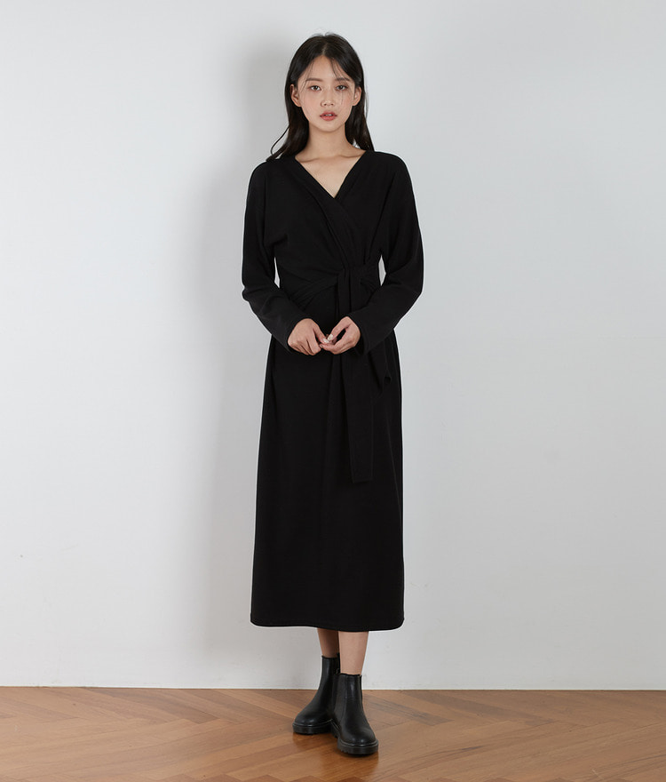 ESSAYSolid Tone Tie-Waist Dress