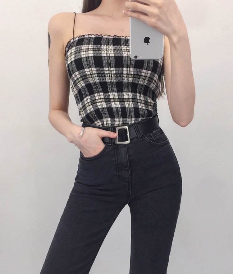 QUIETLABStraight Neck Check Sleeveless Top