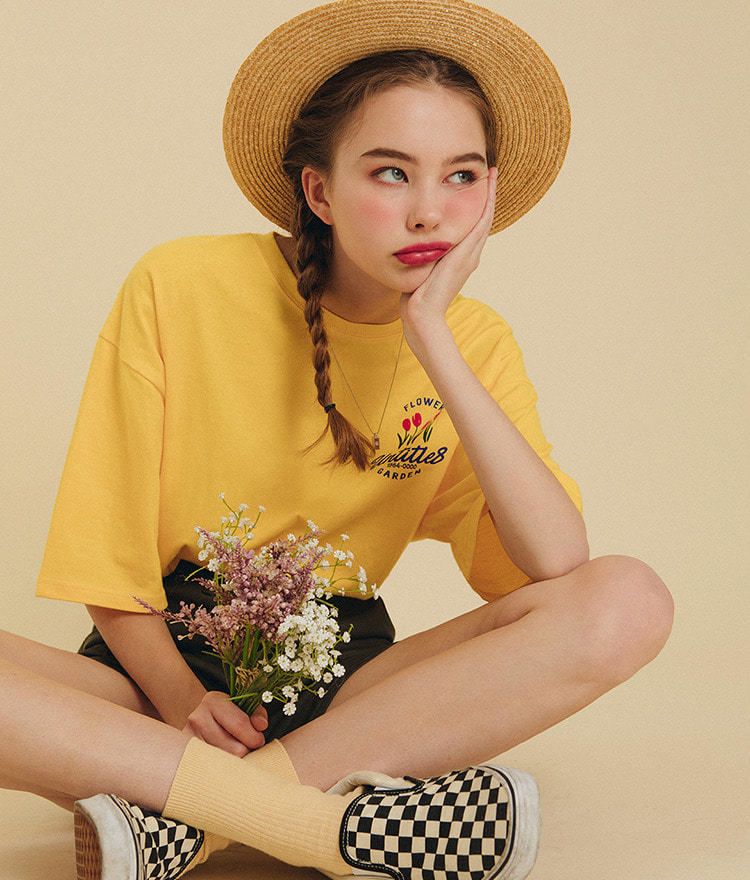 UNTITLE8Flower Print Oversized T-Shirt