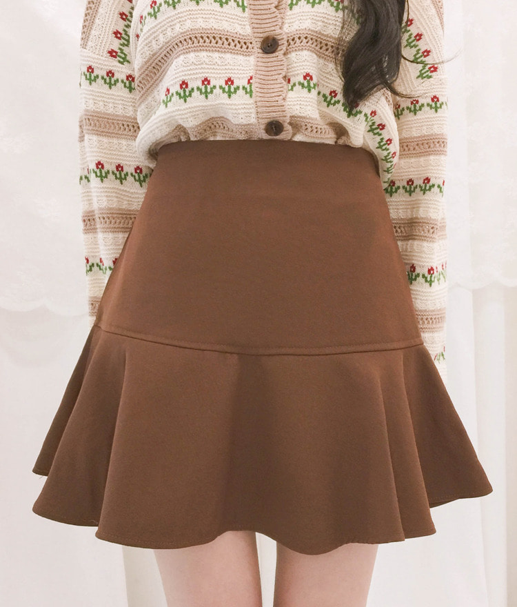 ROMANTIC MUSESolid Tone Flared Mini Skort