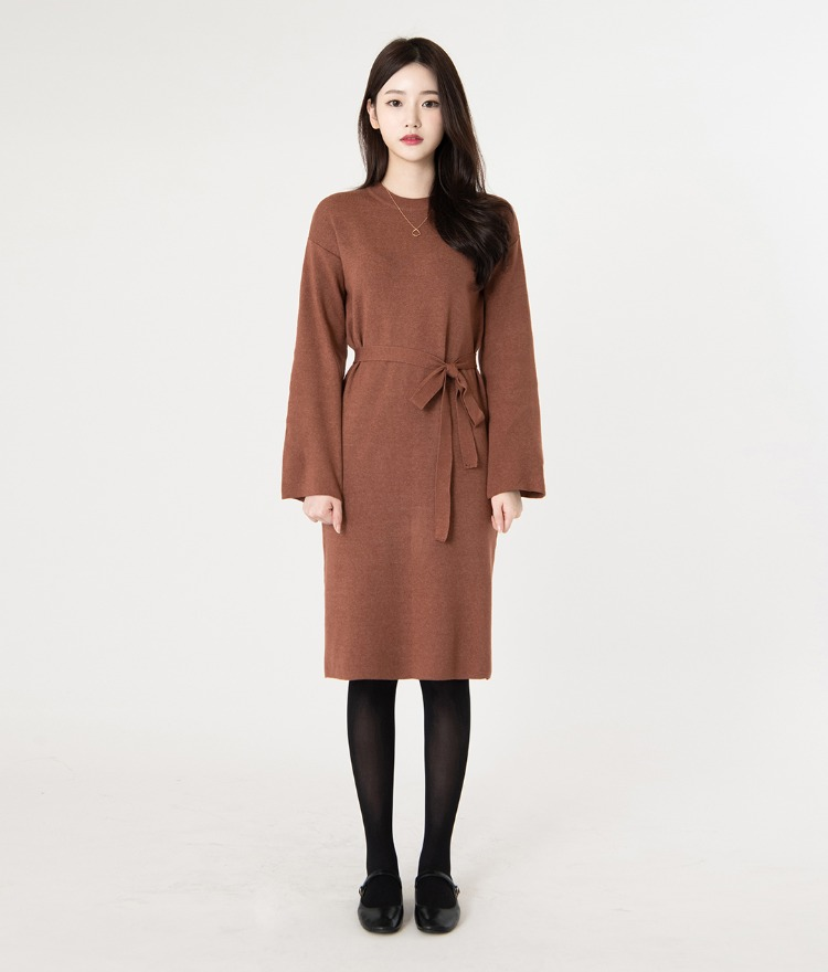 ROMANTIC MUSESelf-Tie Belt Knit Dress