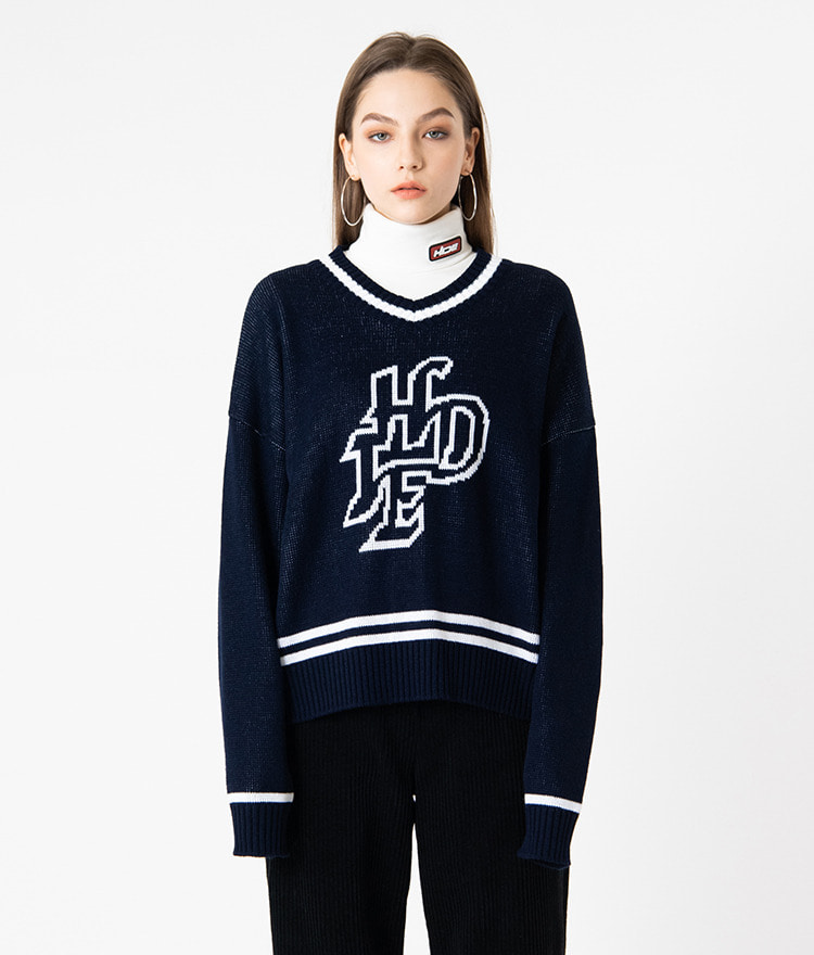 HIDEV-Neck Contrast Stripe Navy Knit Top