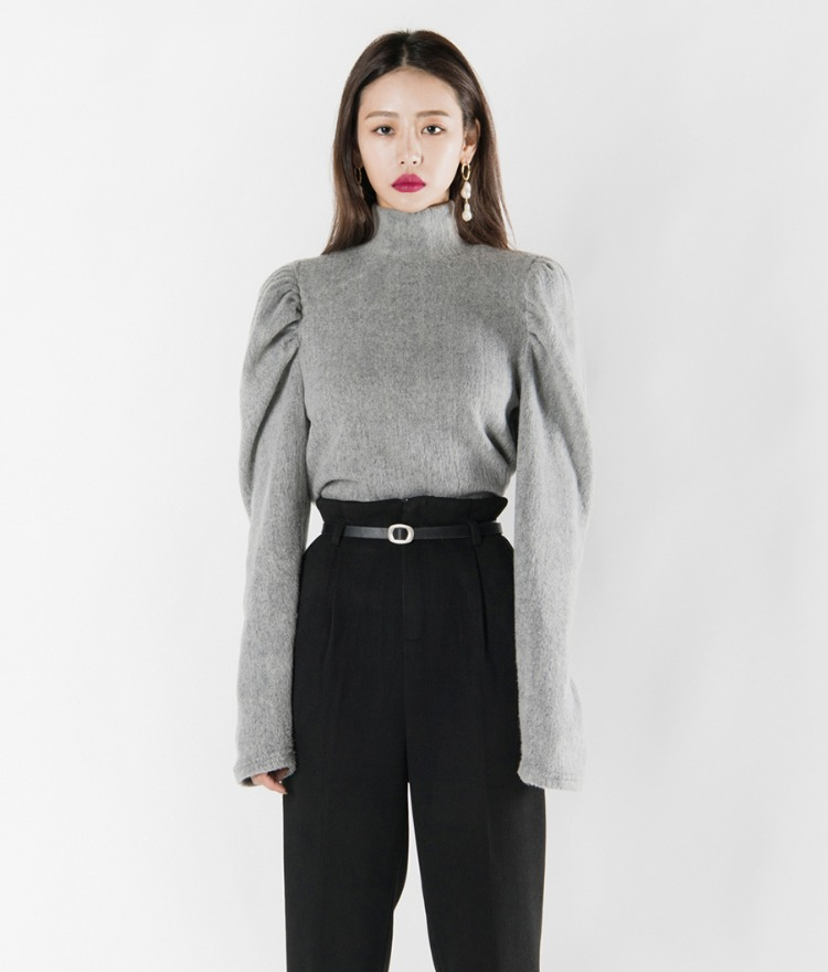 Puffed Sleeve Turtleneck Top