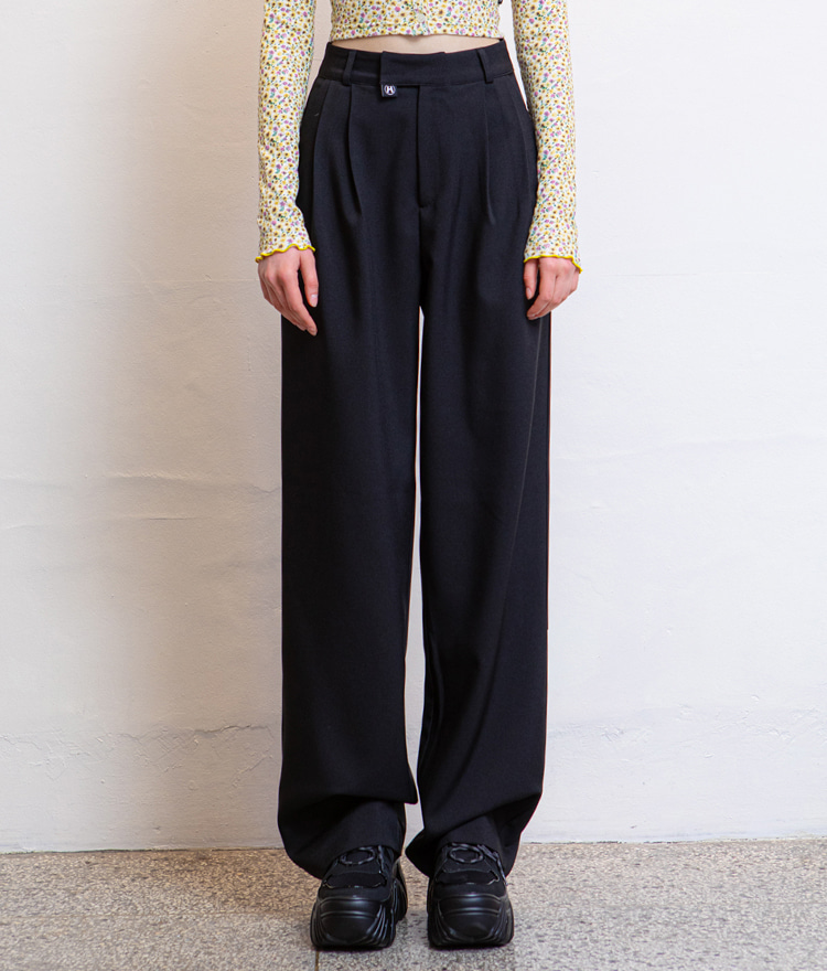 HIDEBlack Loose Fit Pants