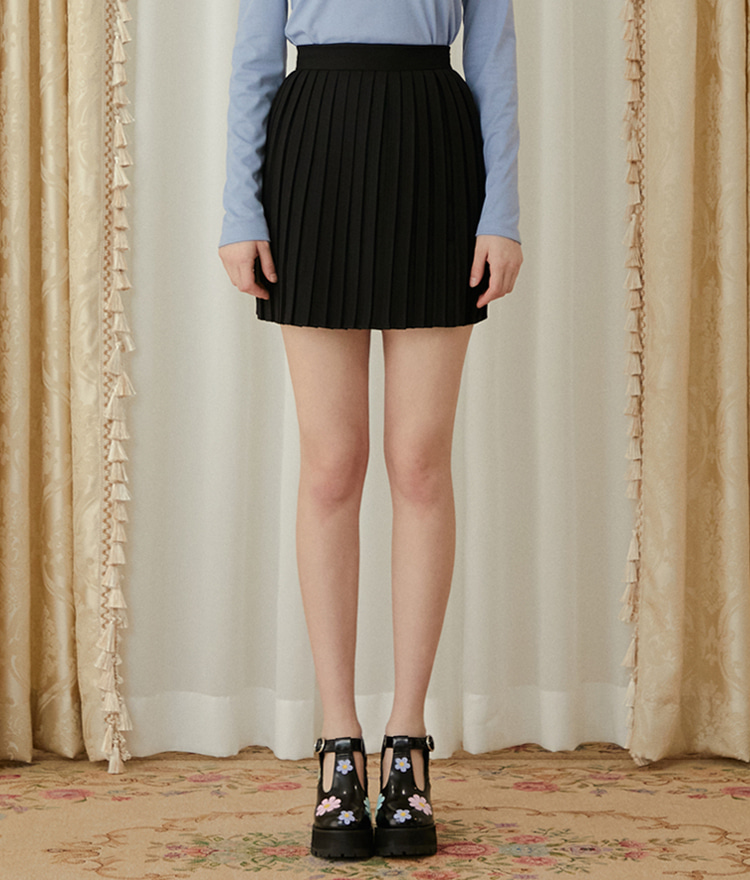 HEART CLUBBlack Pleated Mini Skirt