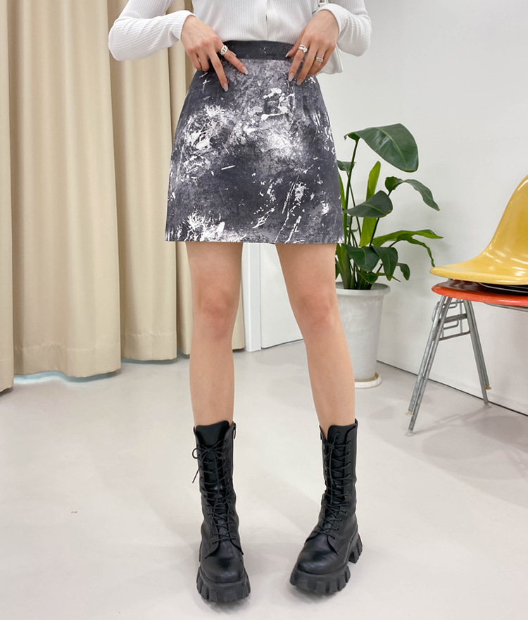 QUIETLABPaint Splatter Pattern Mini Skirt
