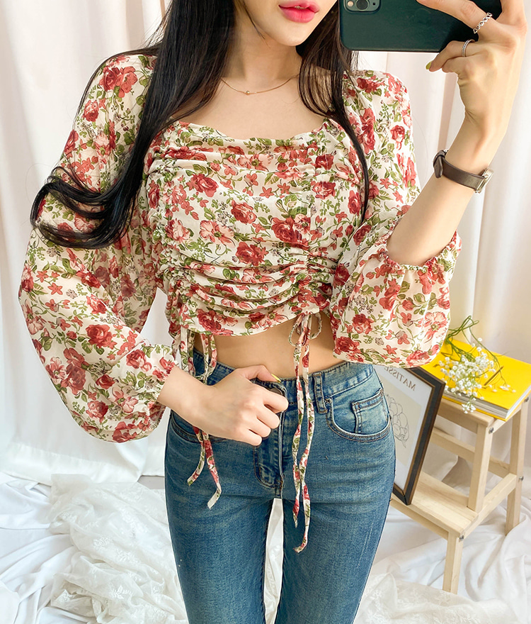 ROMANTIC MUSEDrawstring Accent Floral Blouse