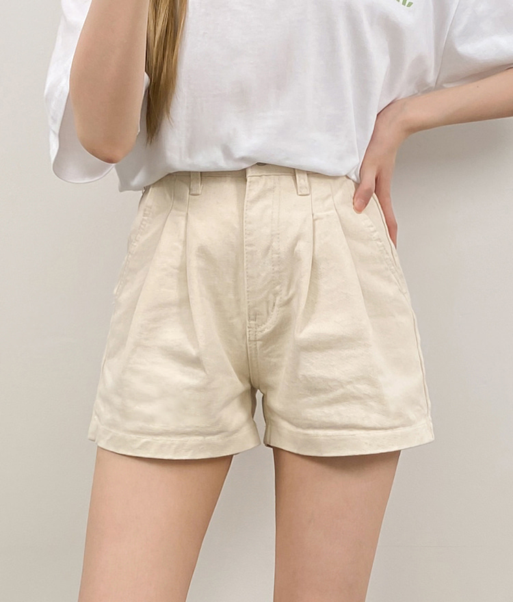 NEVERM!NDPleat Accent Solid Tone Shorts