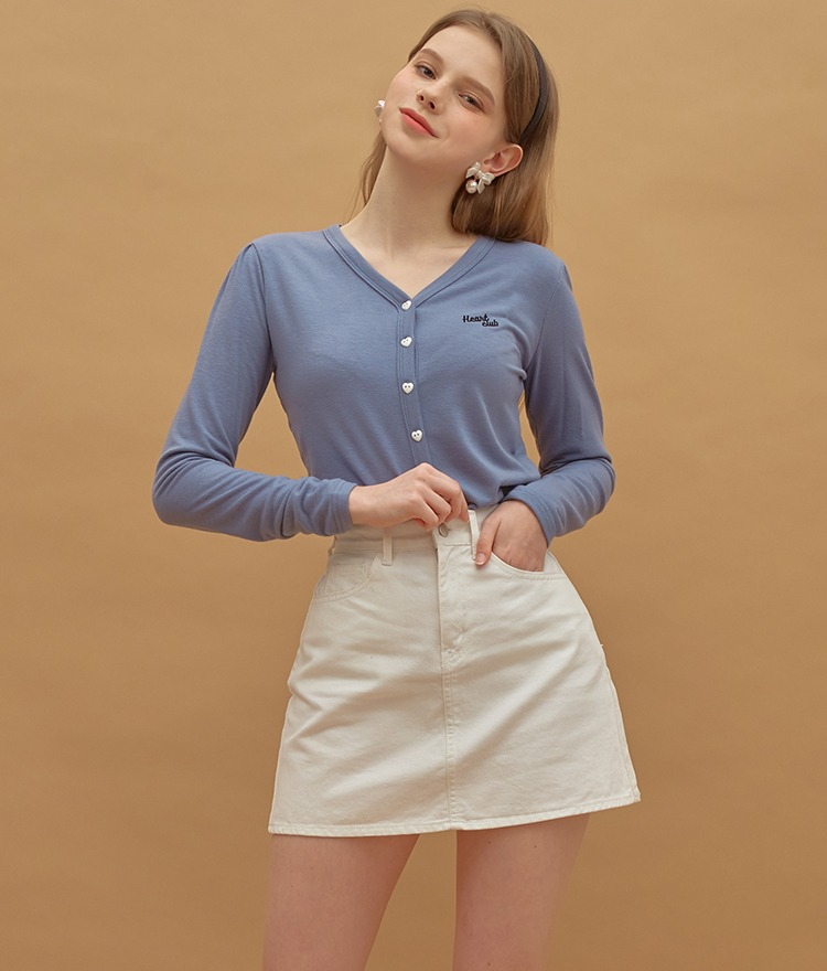 HEART CLUBHeart Button V-Neck Indie Blue Top