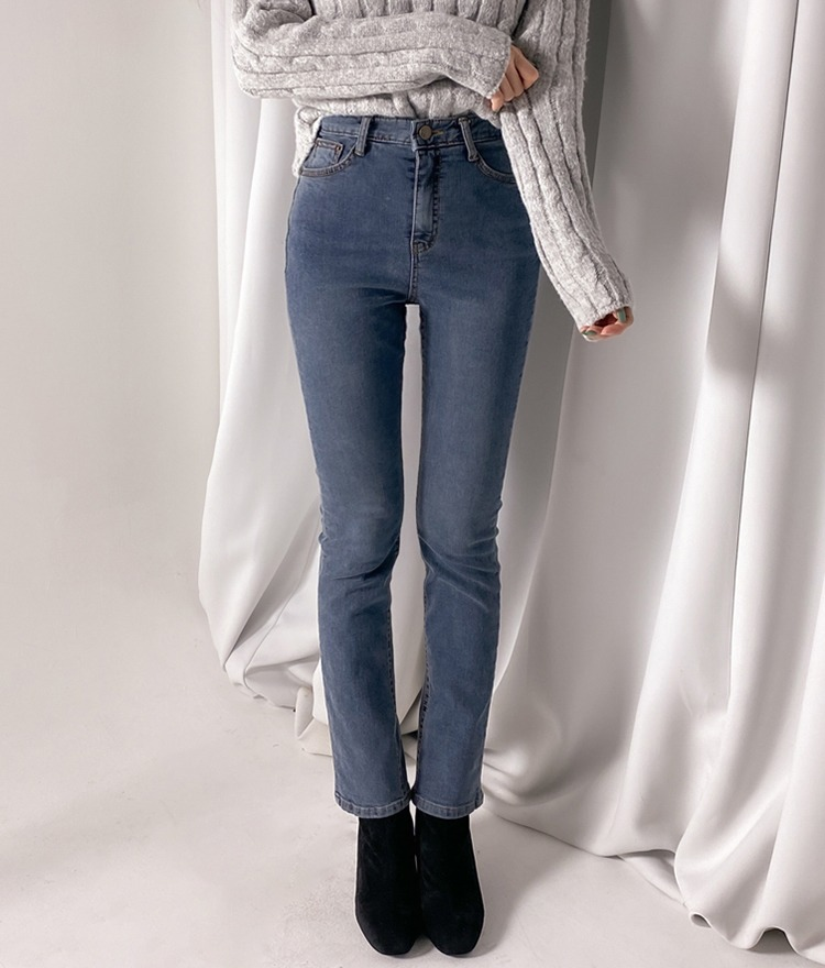 ROMANTIC MUSEFleece-Lined Washed Denim Pants