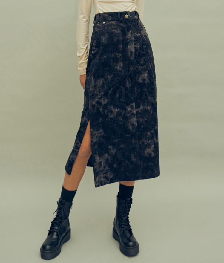 HIDENavy Slit Hem Discolored Midi Skirt