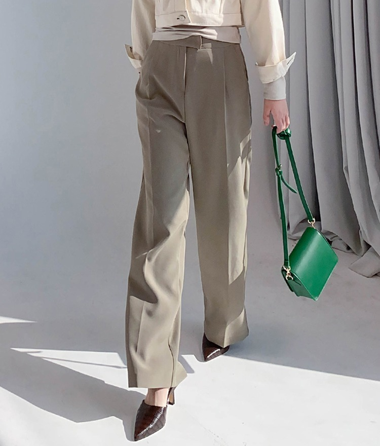 QUIETLABPleat Accent Wide-Leg Slacks