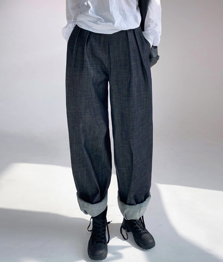 QUIETLABSemi-Elastic Waist Denim Balloon Pants